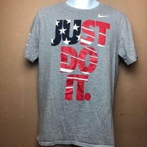 The Nike Tee Athletic Cut USA Olympics Shirt Sz L